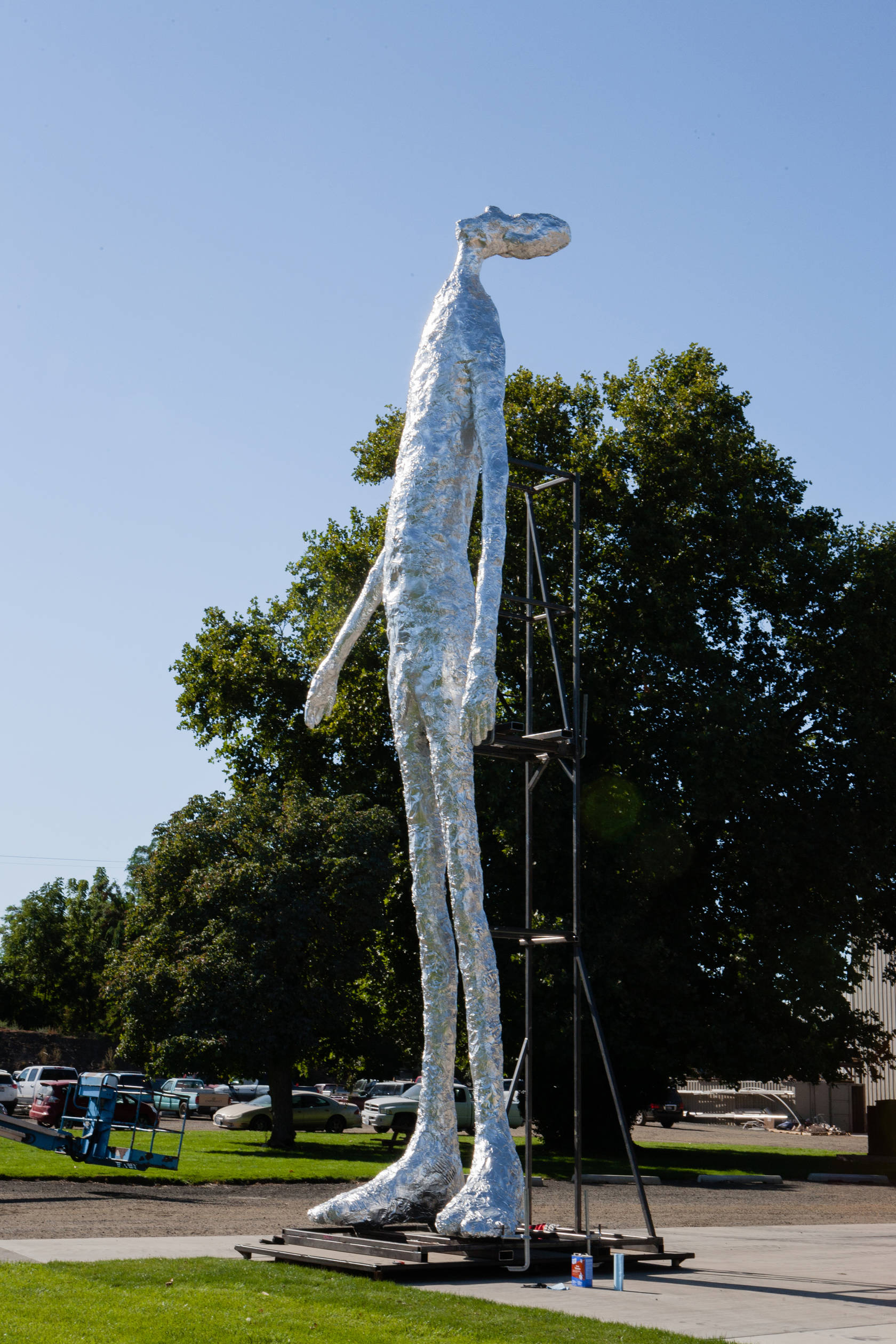 The Contemporary Austin Announces the Acquisition of 33-Foot Stainless Steel Sculpture by Artist Tom Friedman